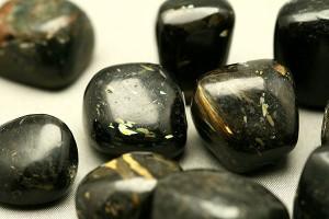 魔術師の石 ヌーマイト